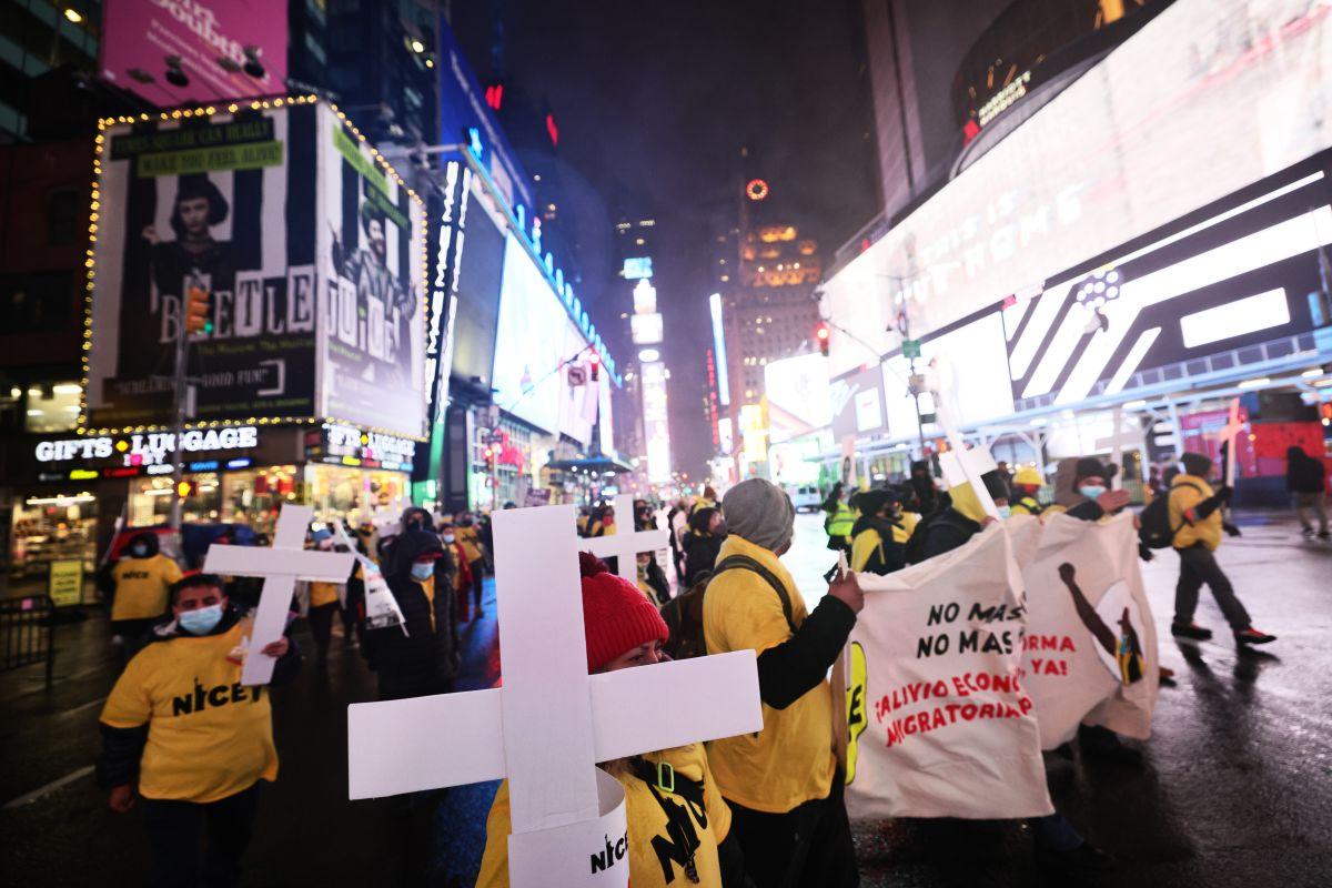 Activistas acogen con esperanza el plan de reforma migratoria de Biden
