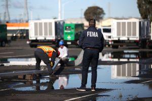 California inauguró este martes dos centros de vacunación masiva en sociedad con FEMA