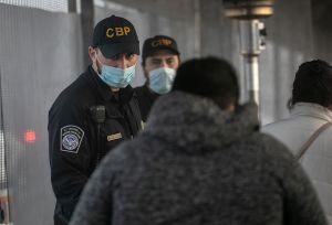 EE.UU. abre frontera en Texas y deja pasar a los primeros 27 migrantes del programa MPP