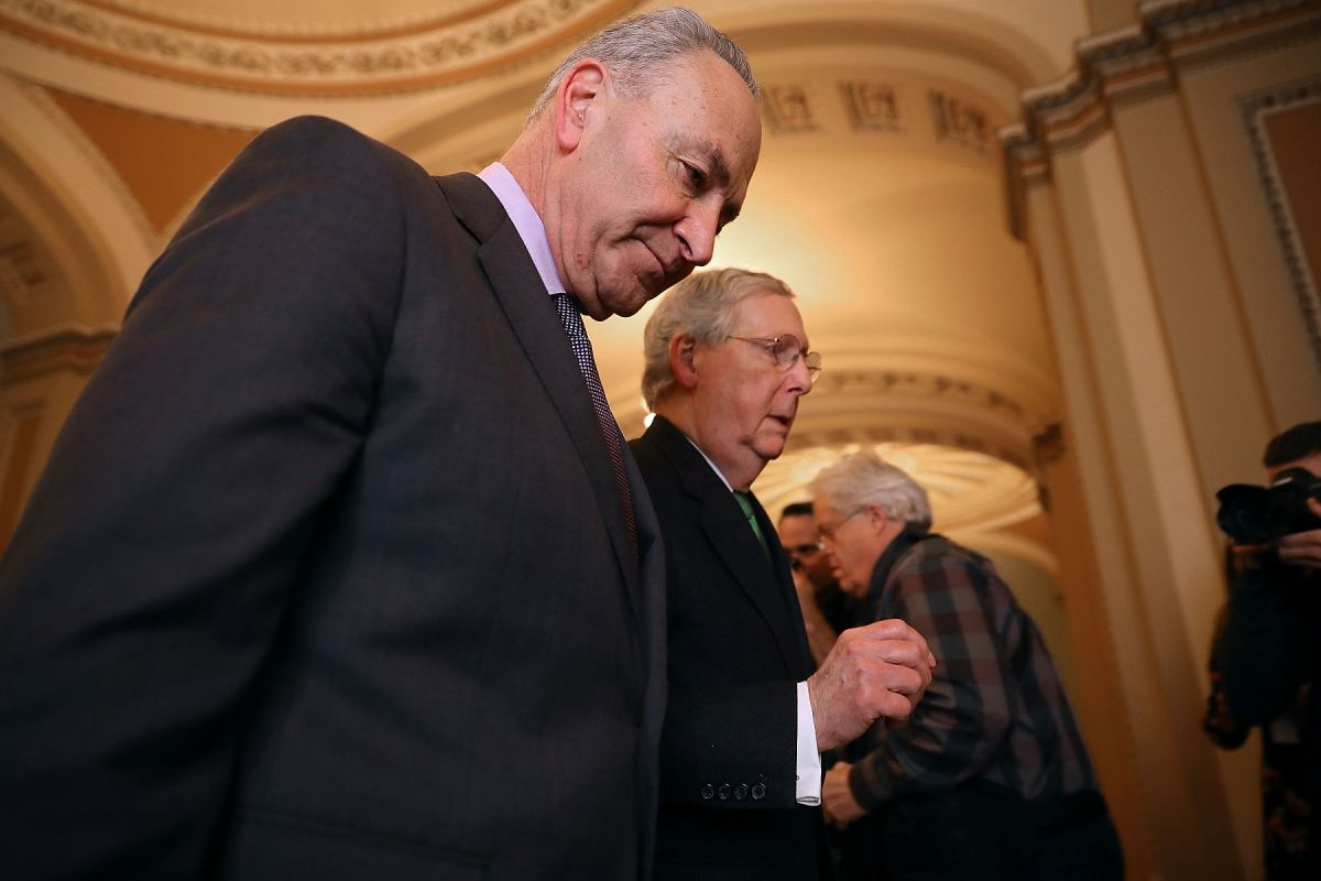Biden y Senado avanzan con plan de estímulo con cheque de $1,400 tras rechazar propuesta de republicanos