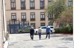 VIDEO: AMLO realiza caminata con cubrebocas puesto; el lunes podría regresar a las conferencias mañaneras