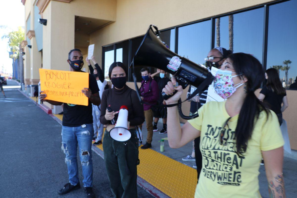 Inician boicot contra los supermercados Ralphs y Food 4 Less en Long Beach