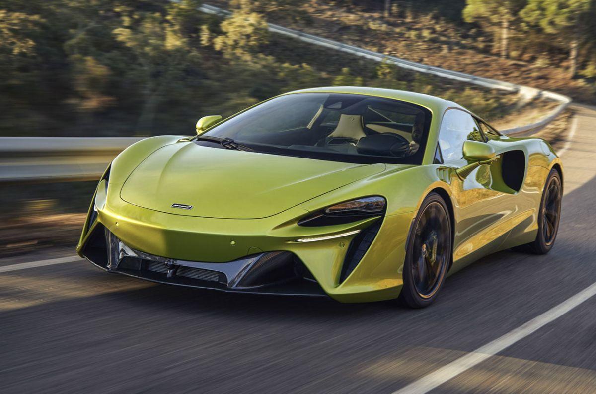 McLaren presenta su primer superdeportivo híbrido