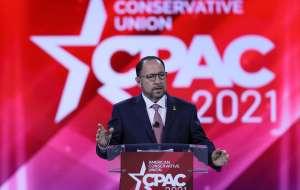 """Jefe de Goya """"opina"""" que Trump es aún el """"legítimo"""" presidente del país durante CPAC"""