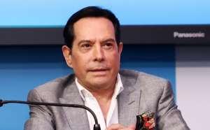 Alcalde de Miami buscará castigo para Juan José Origel por vacunarse contra el COVID-19 en Estados Unidos