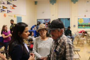 Congresistas del sur de California piden equidad en la distribución de vacunas a latinos