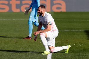 En el peor de los momentos: Karim Benzema, novena baja del Real Madrid, se perdería la ida ante el Atalanta