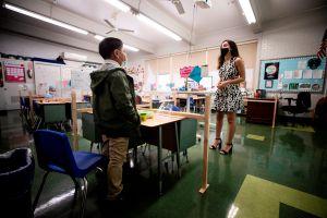 Los CDC ofrecen una guía más clara para la reapertura de escuelas durante la pandemia