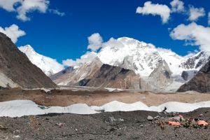 Los servicios de rescate trabajan contra reloj: Otros tres montañistas están perdidos en el K2