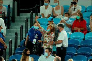 Mujer que insultó a Rafael Nadal revela que no estaba borracha y critica la seguridad del Abierto de Australia