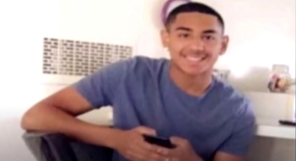 Matan e incendian a un adolescente hispano en Miami: la familia busca al autor