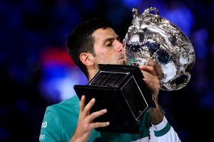 A la caza de Federer y Nadal: Novak Djokovic ganó su noveno Abierto de Australia y su Grand Slam número 18