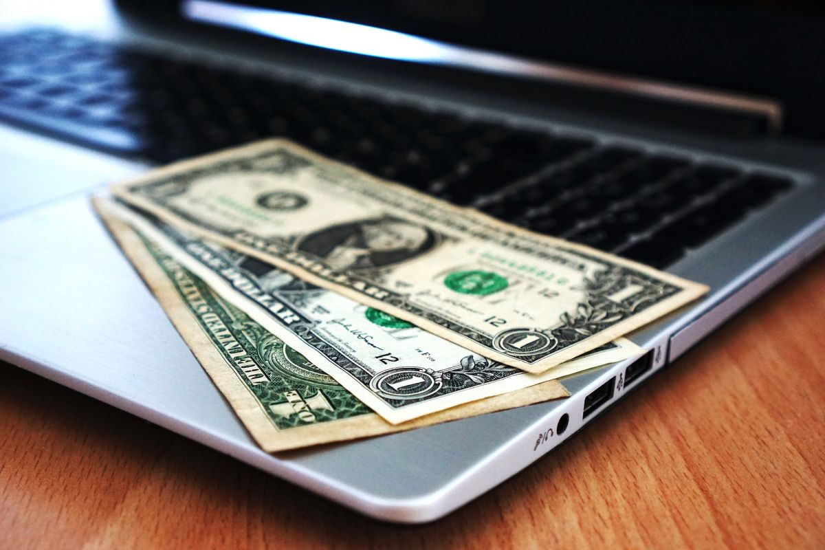 ¿Recibiste dinero extra? La astrología te dice cómo invertirlo, según tu signo del Zodiaco