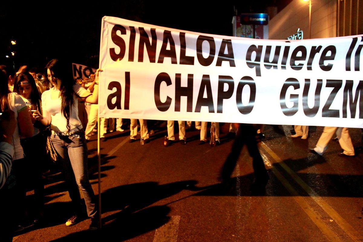 """Buchonas"""": la vida de dinero, crimen y bisturí de las mujeres que se casan con narcos mexicanos"""