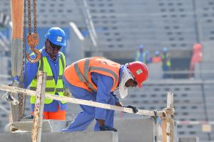 Más de 6,500 trabajadores inmigrantes han muerto en Qatar en los preparativos para la Copa del Mundo