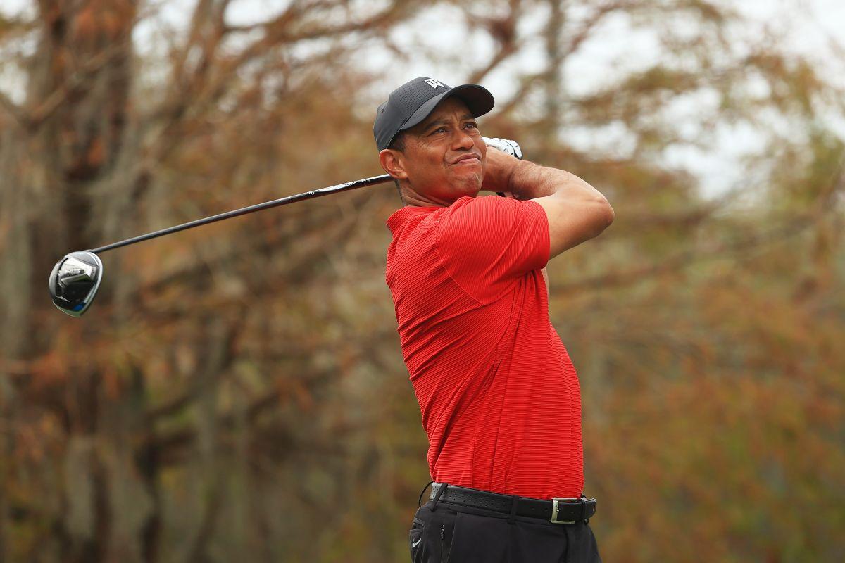 """La promesa que les hizo Tiger Woods a sus seres queridos tras el accidente: """"Mi carrera no puede terminar así"""""""