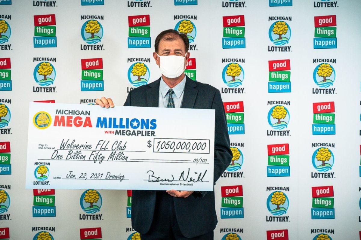 Cuatro jugadores de Michigan ganaron el premio Mega Millions de $1.05 mil millones de enero, el tercero más grande en la historia