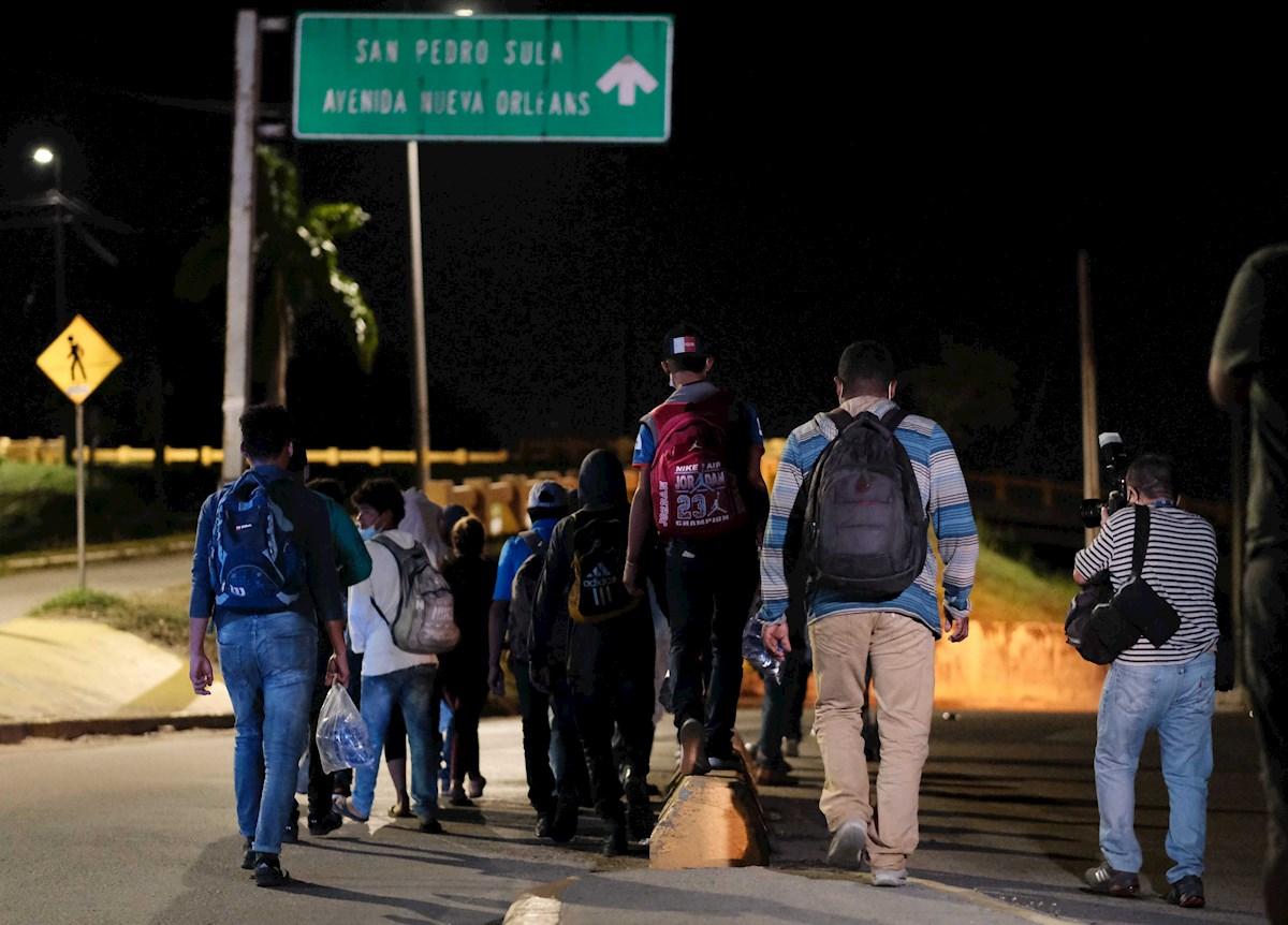 Nueva caravana migrante hondureña falla en su intento por llegar a EE.UU. y regresa a su país