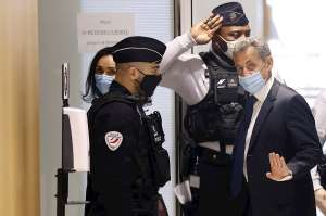 Expresidente de Francia, Nicolas Sarkozy, condenado a tres años prisión por corrupción y tráfico de influencias