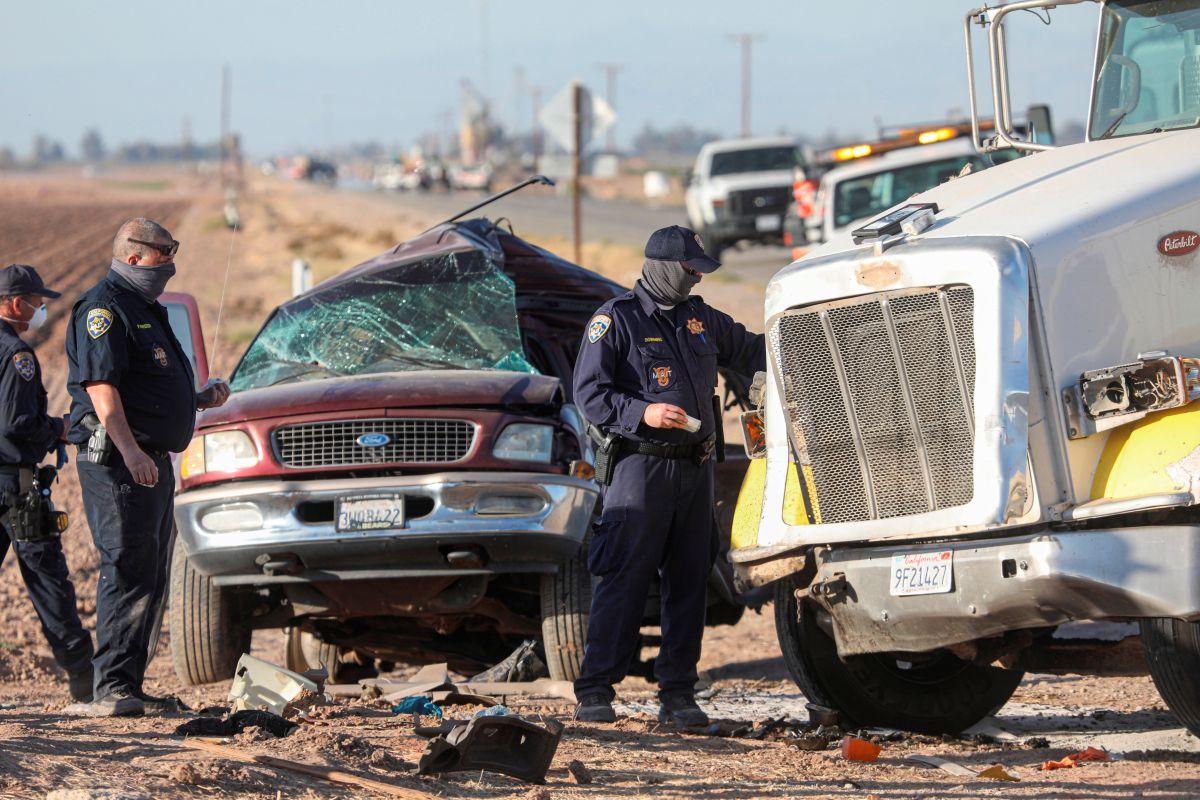 ICE investiga posible tráfico de personas por accidente en el sur de California cerca de la frontera con México