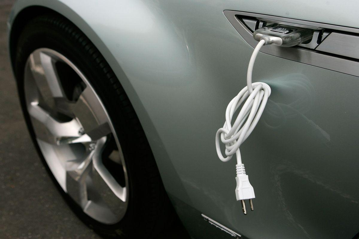 Cuál es el auto eléctrico que derrotó en ventas al Tesla Model 3 de Elon Musk