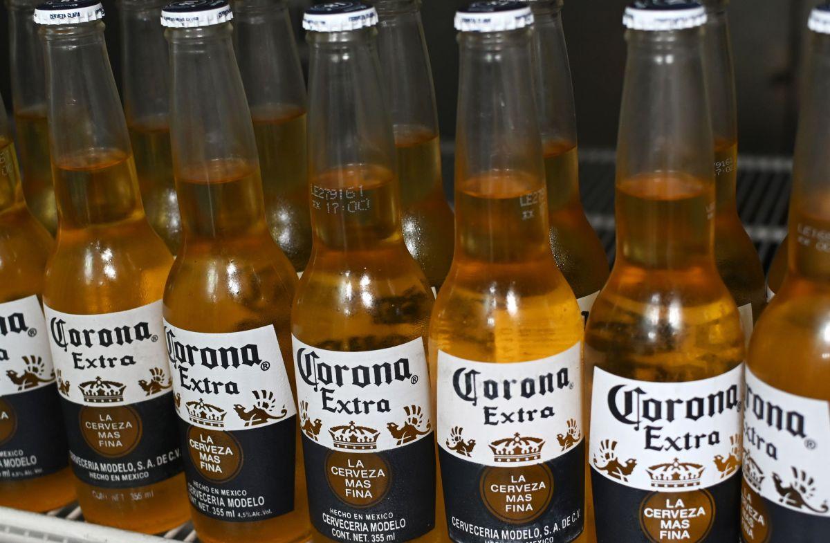 ¿Por qué cambió la cerveza Corona su six-pack?