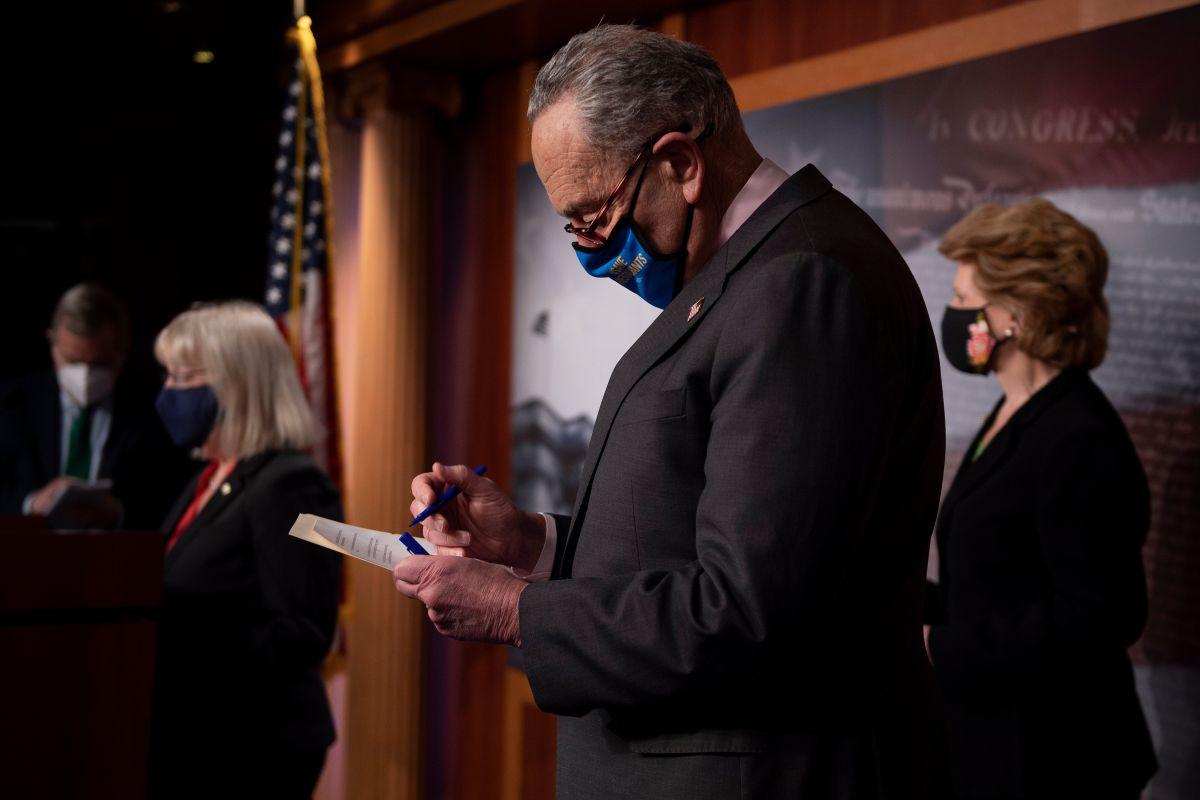 Reducción de beneficiarios del cheque de estímulo y otros 5 cambios en el proyecto de ley del Senado