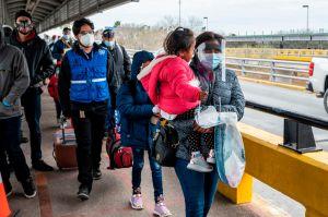 Baja drásticamente cifra de inmigrantes detenidos por ICE en primer mes de gobierno de Biden