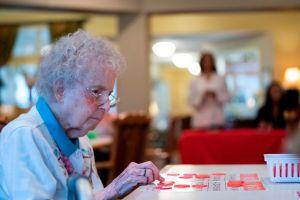 California demanda a Brookdale Senior Living, el mayor operador de hogares de ancianos del país