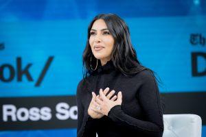 Kim Kardashian revoluciona Instagram con dos fotos inéditas de su pequeño Saint
