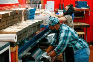 Chicago otorgará financiamiento con fondos federales a empresarios latinos, afroamericanos y mujeres