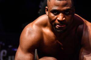 El peleador más temible del UFC: Francis Ngannou destruye al legendario Stipe Miocic y es campeón de los completos