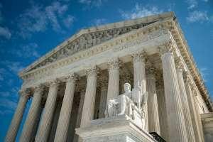 Corte Suprema decidió a favor de una agencia católica de adopción que se niega a trabajar con parejas LGBT