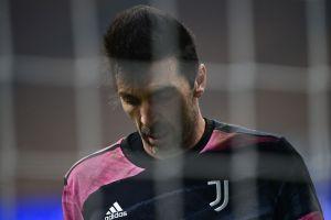 Gianluigi Buffon es sancionado por blasfemar dentro del campo