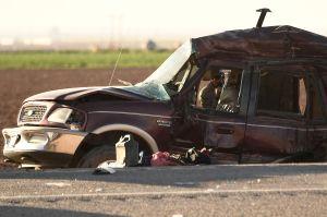 Gobierno mexicano brinda asistencia a familiares de heridos y muertos en accidente automovilístico de California