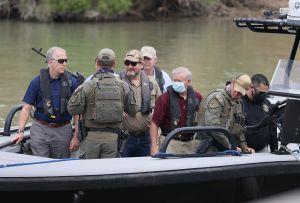 Republicanos aprovechan situación en la frontera para lanzar críticas a Biden y defender el muro
