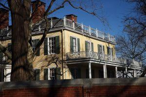 Así es la 'Gracie Mansion' de la que Bill de Blasio se mudará tras dejar la alcaldía de Nueva York