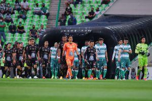 Al estilo Súper Campeones: Así fue la atajada del portero del Santos