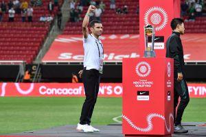 """Jaime Lozano respalda a Martino y le """"pega"""" a Vela"""