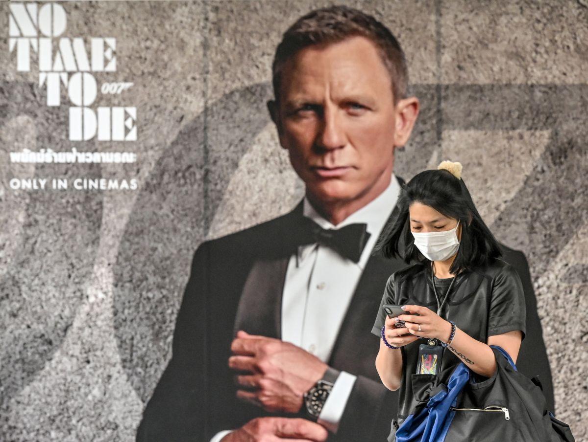 Dinero fácil, pagan $1,000 por ver películas del Agente 007, James Bond