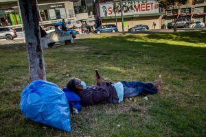 Quieren limpiar las calles y dar viviendas para los desamparados
