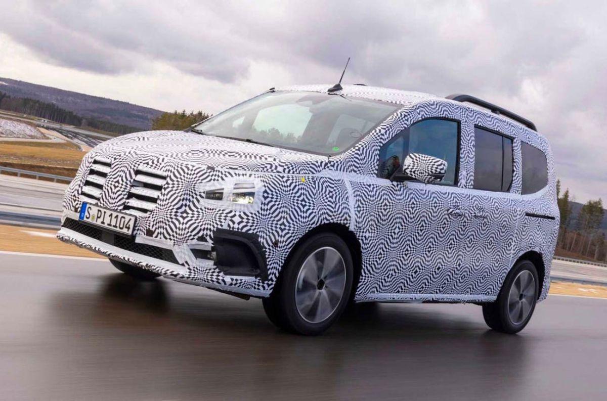 Mercedes-Benz ensaya sobre otro modelo cero emisiones
