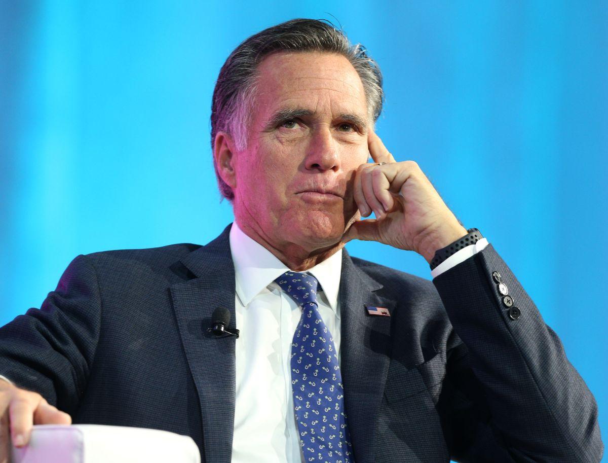 El senador Mitt Romney.