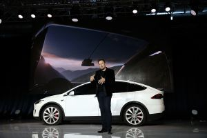 ¿Por qué Elon Musk brinda tantos elogios a China?
