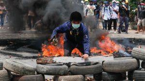 """Myanmar l """"Nos están matando como pájaros o gallinas"""" en el día más sangriento desde el golpe de Estado"""