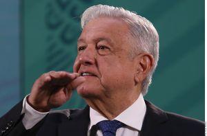 """AMLO niega que visita de diplomáticos de EE.UU. a México sea para """"regañarnos"""" por migración"""