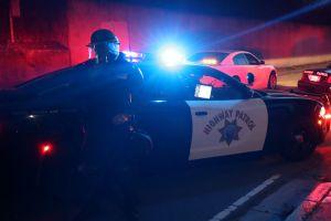Arrestan a conductor por accidente mortal que involucró a 6 autos en Corona. Creen que iba alcoholizado