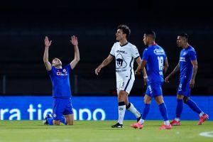 Hubo venganza: Con penal de último minuto Cruz Azul derrota a Pumas y extiende su racha ganadora
