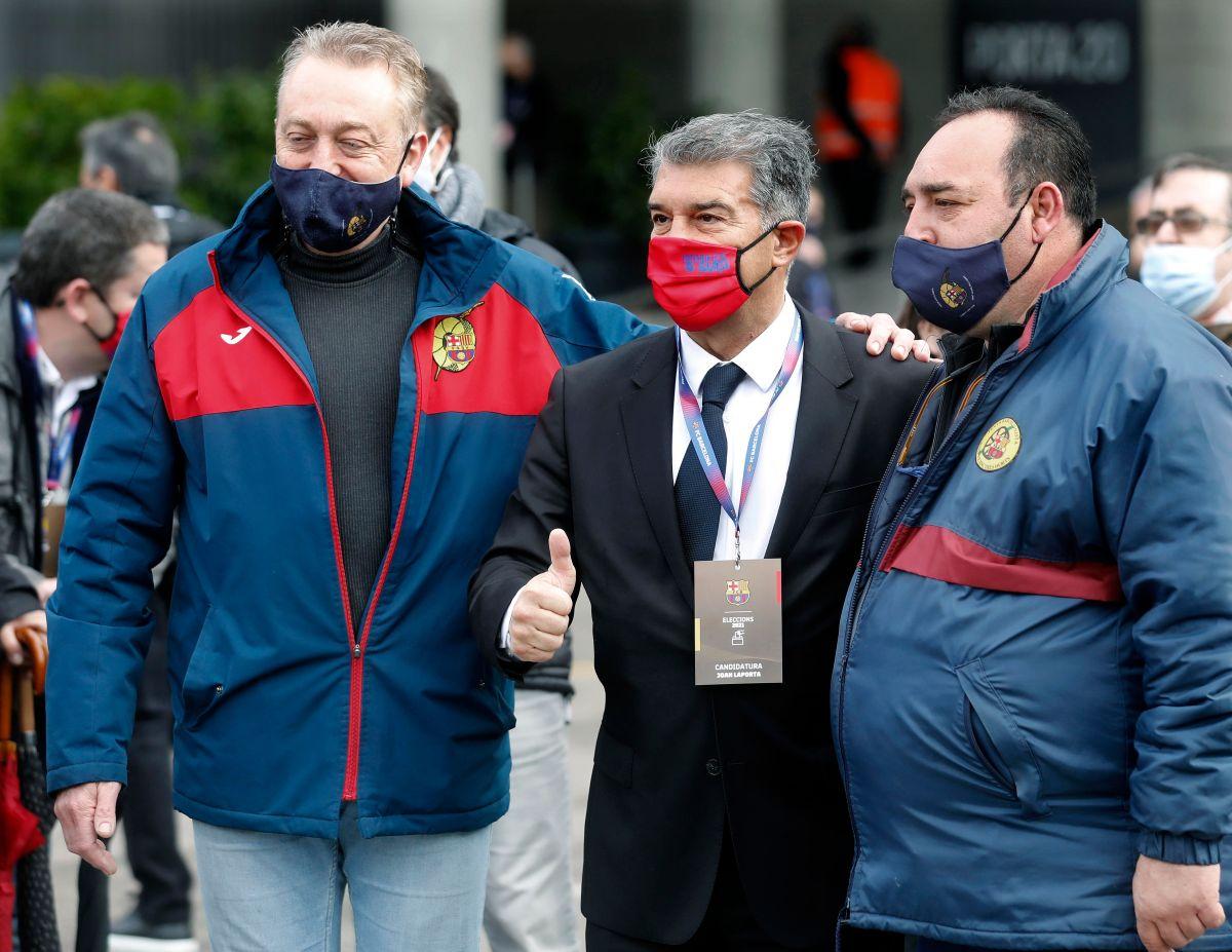 """Una """"nueva"""" era: Joan Laporta arrasa en las urnas y volverá a la presidencia del FC Barcelona"""