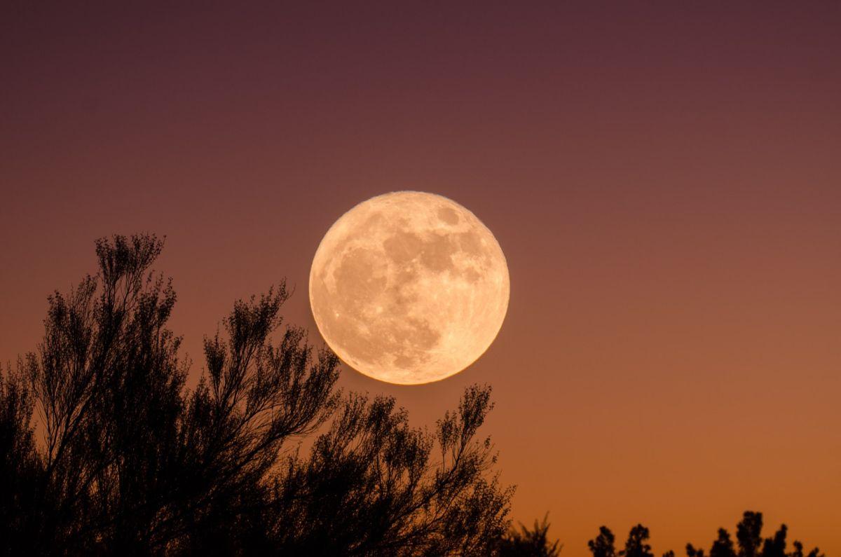 La luna de marzo trae una poderosa energía.